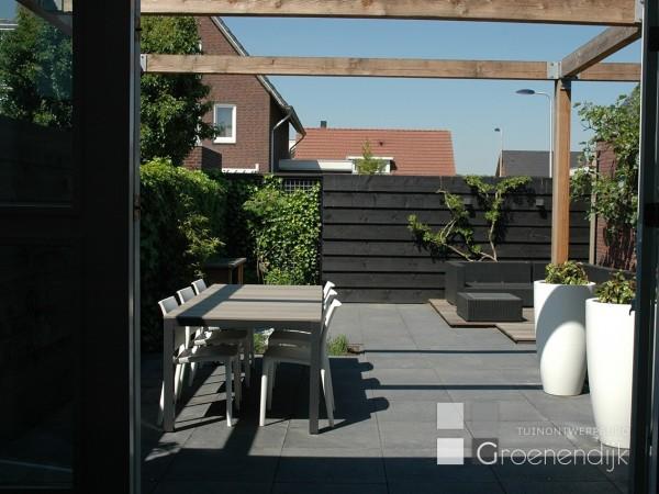 Moderne tuin in culemborg tuinontwerpburo groenendijk for Moderne kleine tuin