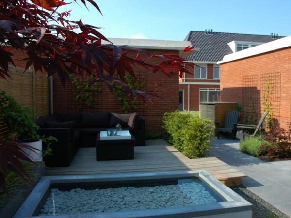 kleine tuin in Schoonhoven