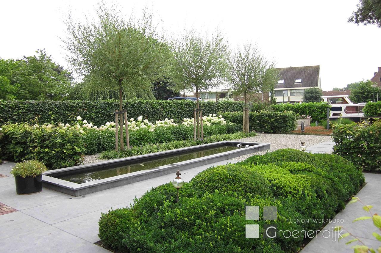 Vijvertuinen tuinontwerpburo groenendijk for Moderne vijvers foto s
