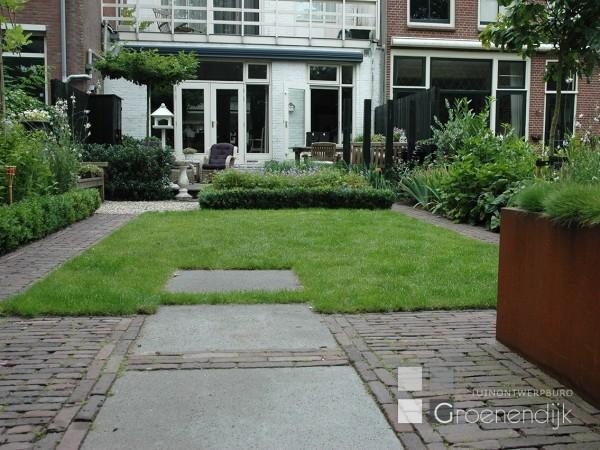 Achtertuin in gouda tuin ontwerp buro groenendijk for Tuinontwerp tussenwoning